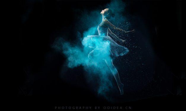 舞蹈人像 展翅飞翔